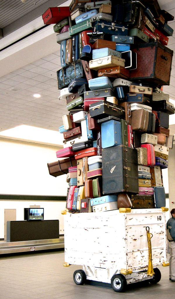 luggage-anyone-1421148
