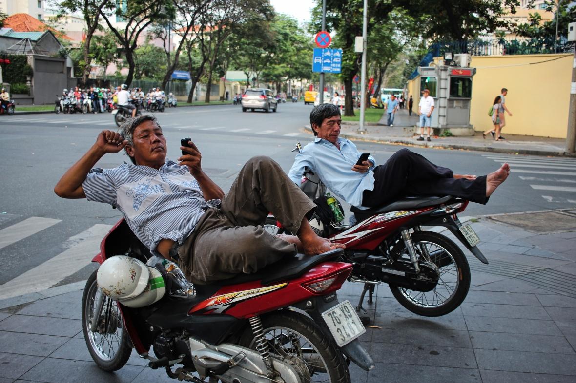 xeom-vietnam-saigon-a-deux