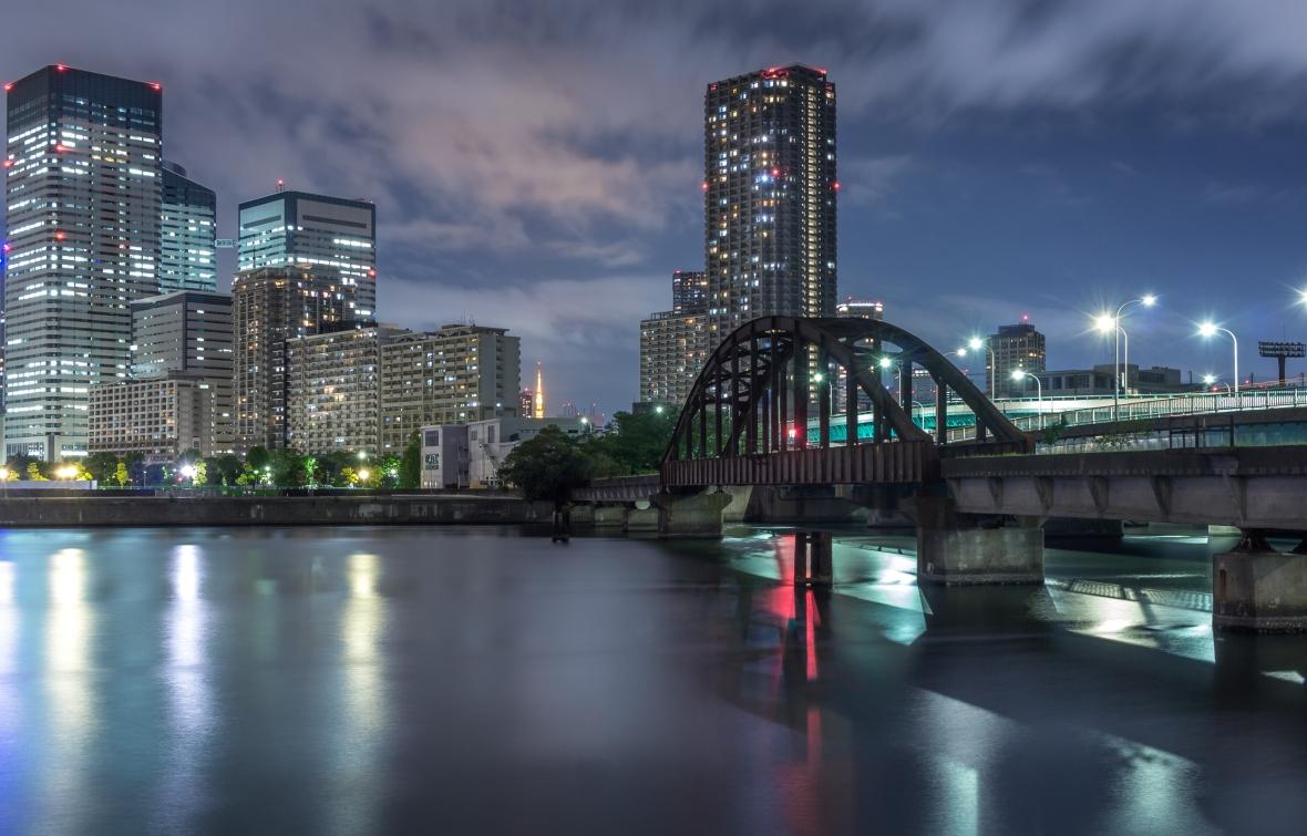 Derriere la Coline Laurent Ibanez Tokyo Night -1