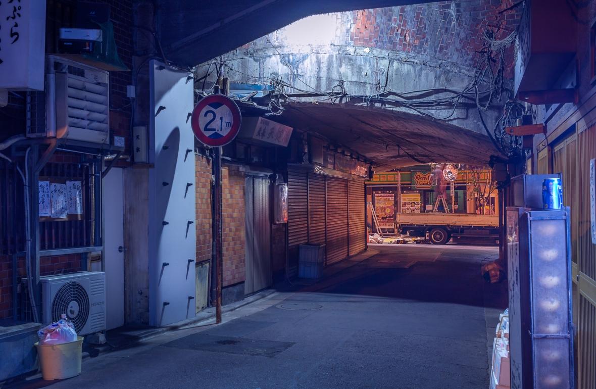 Derriere la Coline Laurent Ibanez Tokyo Night -2