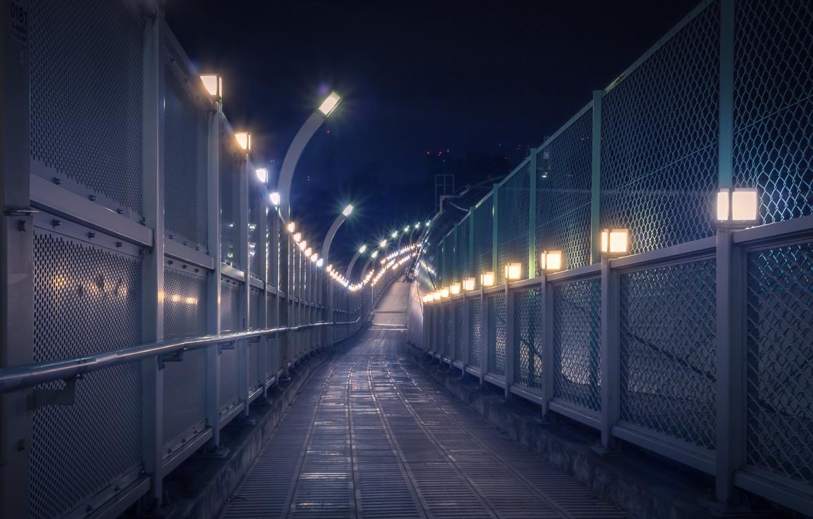 Derriere la Coline Laurent Ibanez Tokyo Night -4
