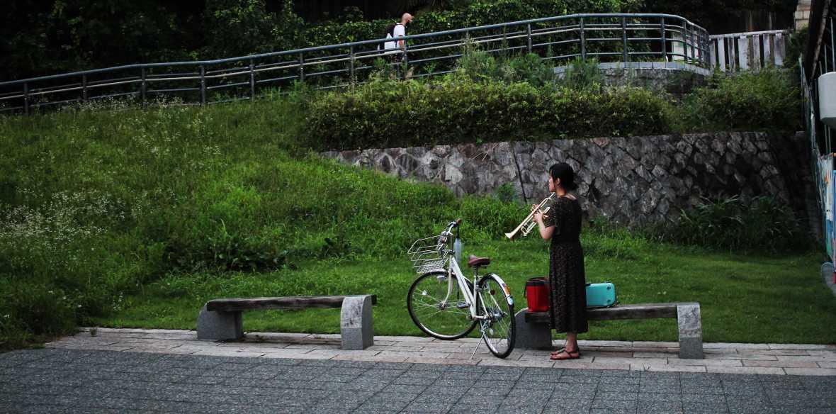 laurent ibanez derriere la colline kamogawa kyoto trompette