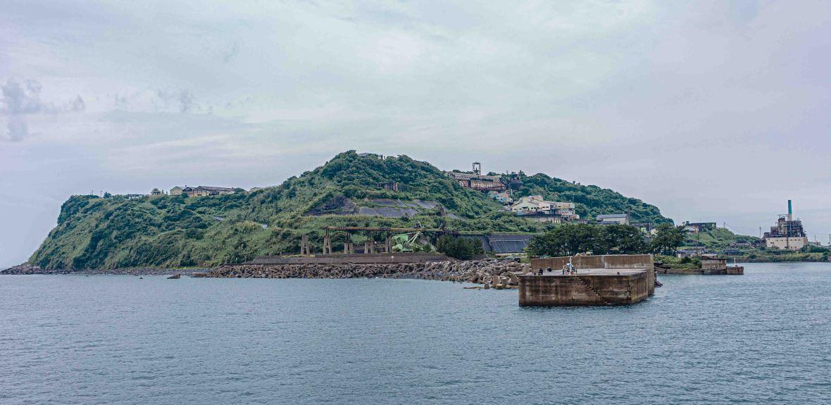 Laurent Ibanez Derriere la colline ikeshima approche de l'île2